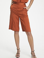 Soaked in Luxury - SLVeria Culotte Shorts - bermudy - barn red - 0