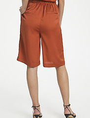 Soaked in Luxury - SLVeria Culotte Shorts - bermudy - barn red - 5