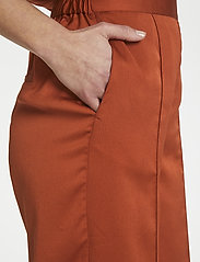 Soaked in Luxury - SLVeria Culotte Shorts - bermudy - barn red - 6