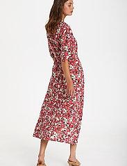 Soaked in Luxury - SLIndiana Rafina Shirt Dress SS - sommarklänningar - multifloral cardinal - 4