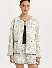 Soaked in Luxury - SLBanks Jacket LS - quilted jackets - viol print whisper white - 0