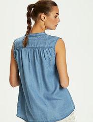 Soaked in Luxury - SLDalia Nadeen Top - sleeveless blouses - light blue denim - 4