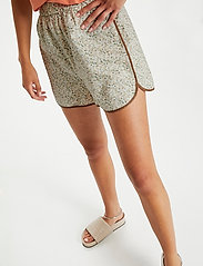 Soaked in Luxury - SLBanks Shorts - shorts casual - viol print whisper white - 5