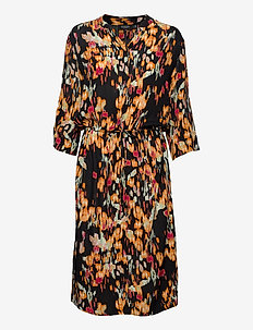 SL Zaya Dress - vardagsklänningar - dizzy floral print black