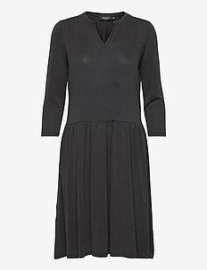 SLAnitra Dress 3/4 - hverdagskjoler - black