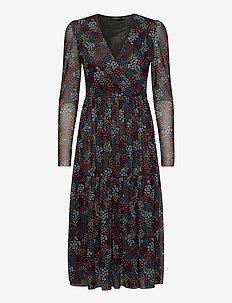 SLAldora Dress LS - robes portefeuille - autumn flower field