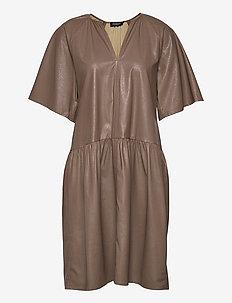 SLDeside Dress SS - party dresses - pine bark