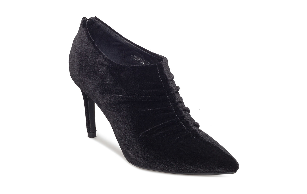 Sofie Schnoor Shoe stiletto velvet - BLACK