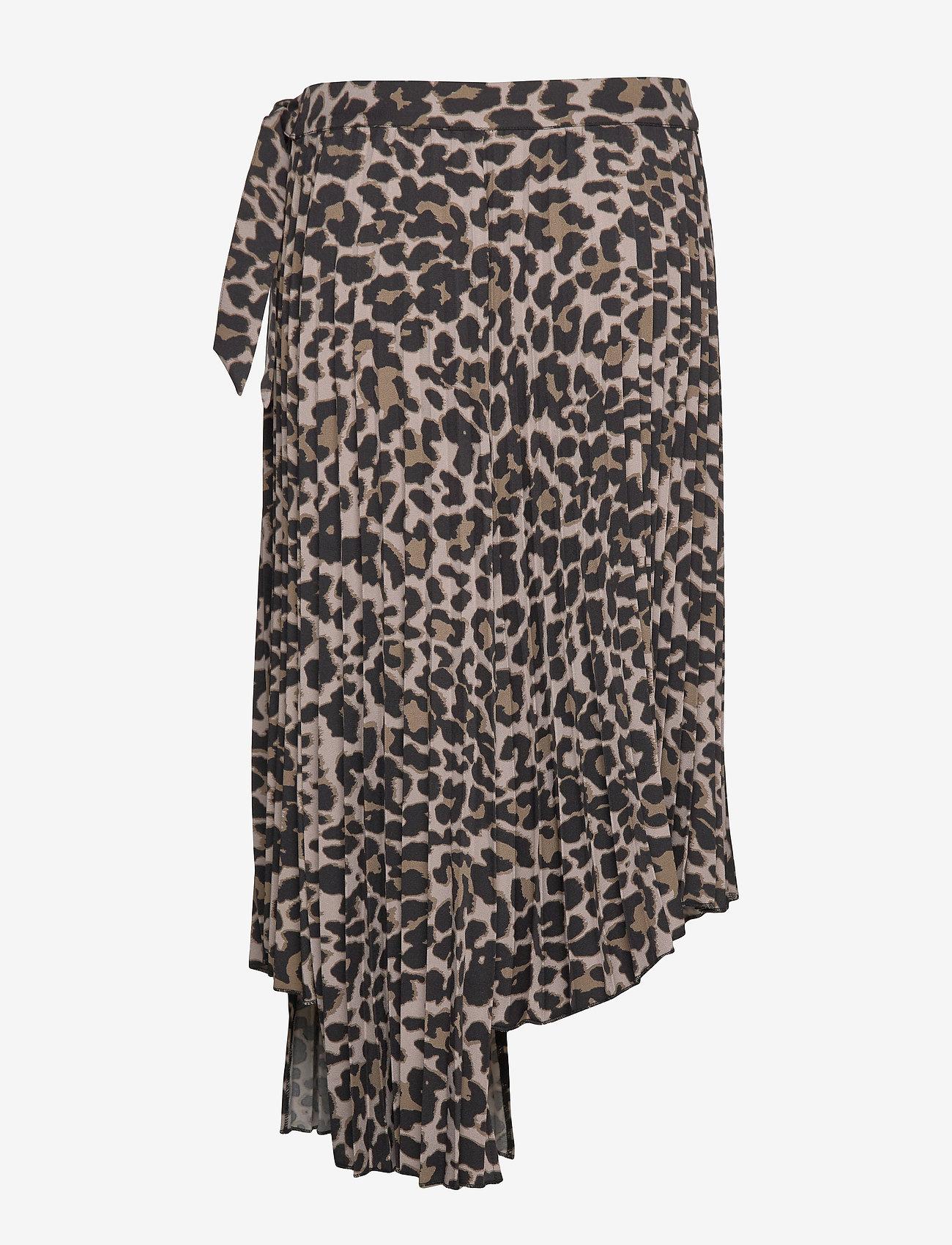 Sofie Schnoor - Skirt - midinederdele - leopard - 1