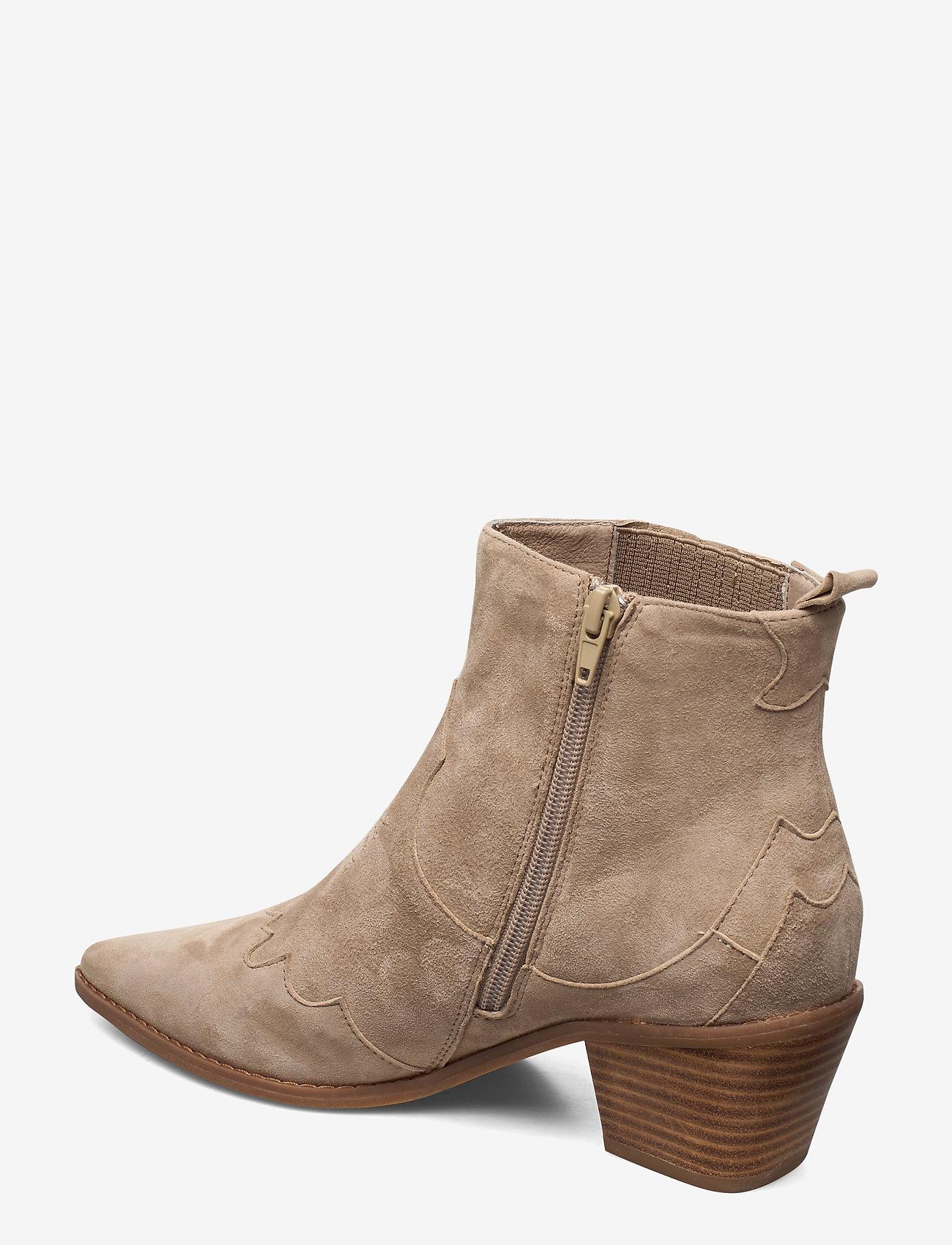 Boot (Sand) - Sofie Schnoor