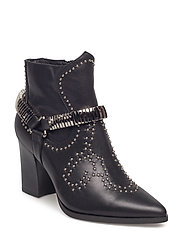 Boot rivet - BLACK