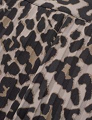 Sofie Schnoor - Skirt - midinederdele - leopard - 2