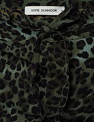 Sofie Schnoor - Skirt - midinederdele - faded green - 2