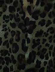 Sofie Schnoor - Skirt - midinederdele - faded green - 3