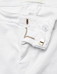 Sofie Schnoor - Pants - slim fit bukser - white - 2