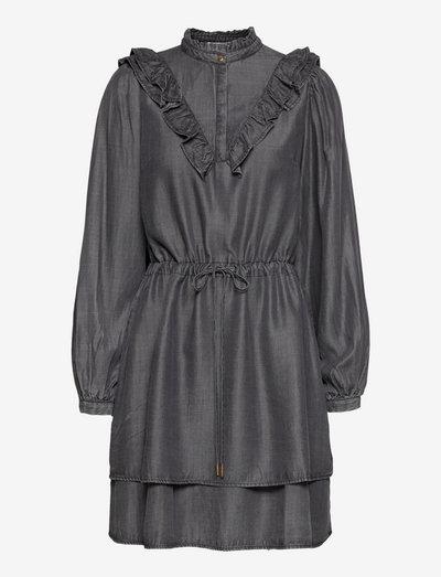 Dress - sommarklänningar - grey