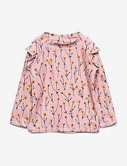 Soft Gallery - Baby Fee Sun Shirt - koszulki - dawn pink, aop buttercup s - 0