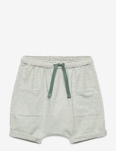 Flair Shorts - hunter green