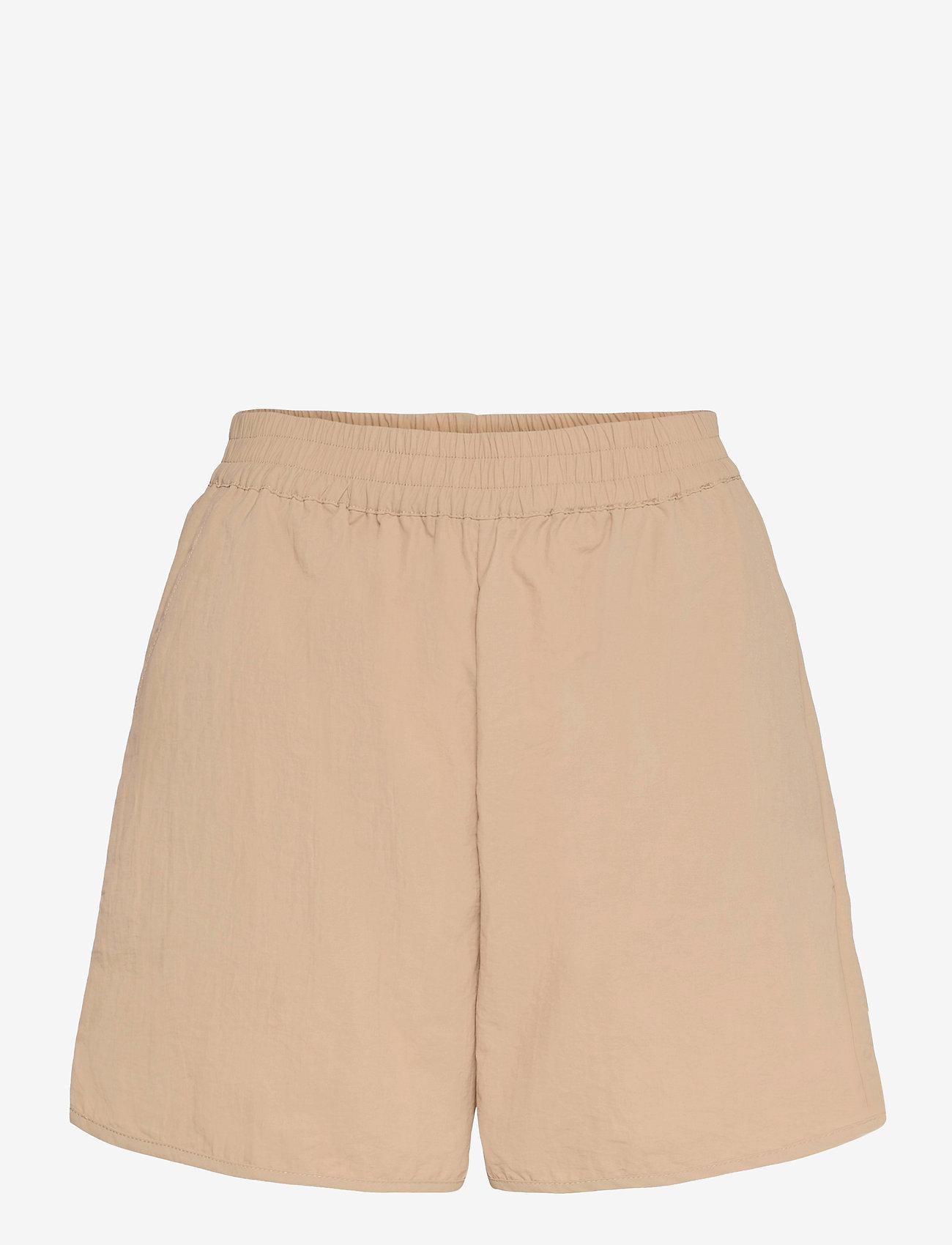 Soft Rebels - SRCrystal Shorts - shorts casual - white pepper - 0