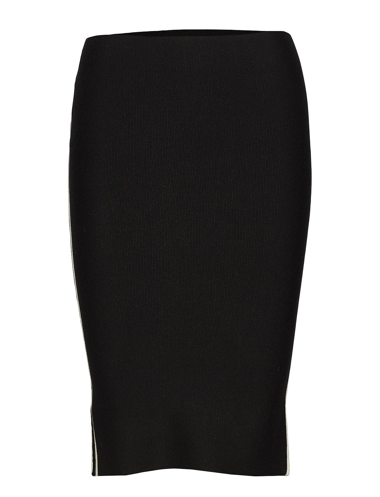 Soft Rebels Run Skirt - 001 BLACK