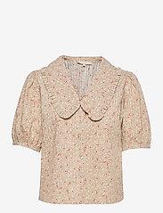 Soft Rebels - SRDana 2/4 Shirt Printed - short-sleeved blouses - tiny flower pepper - 0