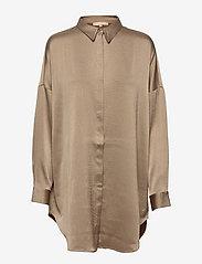 Soft Rebels - SRHarlow LS long Shirt - long-sleeved shirts - dune - 1
