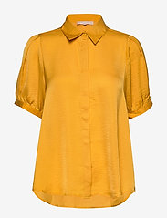 Soft Rebels - Andrea 2/4 Shirt - short-sleeved blouses - kumquat - 0