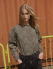 Soft Rebels - SRJustine LS Top - t-shirt & tops - flowr - 0