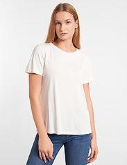 Soft Rebels - Ella T-shirt - t-shirts - snow white / off white - 0