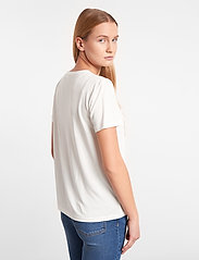 Soft Rebels - Ella T-shirt - t-shirts - snow white / off white - 3