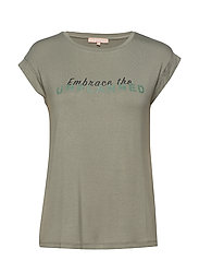 Embrace SS Top - TEA