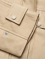 Soft Rebels - SREllen LS Short Jacket - light jackets - white pepper - 3