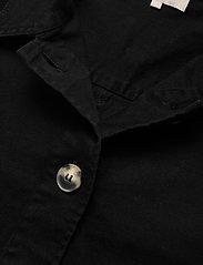 Soft Rebels - SRLauren LS Short Loose Jacket - denim jackets - black - 2