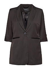 Pete Blazer - 001 BLACK