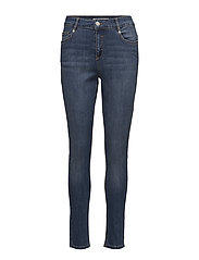 Cassy Boyfriend Pant - 775 MEDIUM WASH