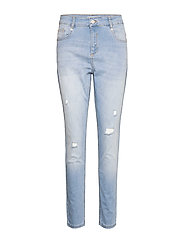 Cassy Boyfriend Pant - LIGHT WASH