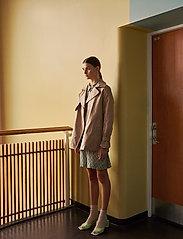 Soft Rebels - SRLeah Shirt Dress - summer dresses - blur flower arcadian green - 0