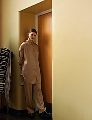 Soft Rebels - SRHarlow LS long Shirt - long-sleeved shirts - dune - 0