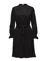 Trine Dress - 001 BLACK