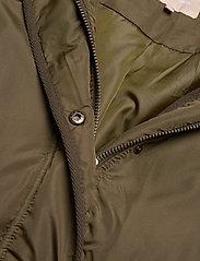 Soft Rebels - Layla Puffer Jacket - down- & padded jackets - dark olive - 3