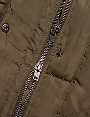Soft Rebels - Layla Puffer Jacket - down- & padded jackets - dark olive - 5