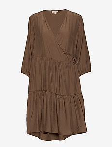 Stella 3/4 Dress - wrap dresses - partridge