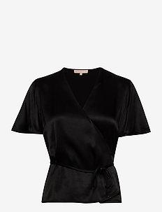 Shania SS Top - kortärmade blusar - black