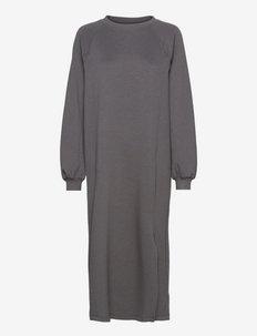 SRCara Midi Raglan Dress - everyday dresses - magnet
