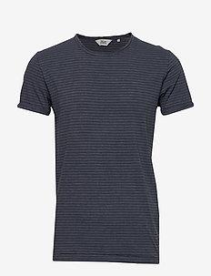 6194747, T-Shirt - Fablin SS Stripe - korte mouwen - insignia b