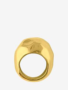 Hammered ring - ringen - gold