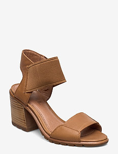 NADIA™ SANDAL - camel brown