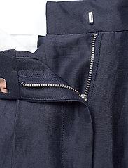 Soulland - Liv shorts - bermudas - navy - 5