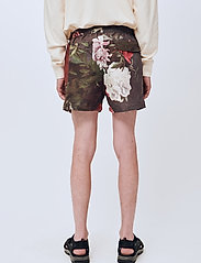 Soulland - William shorts - casual shorts - green aop - 3