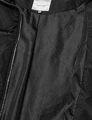 Soyaconcept - SC-NINA - puffer vests - black - 4